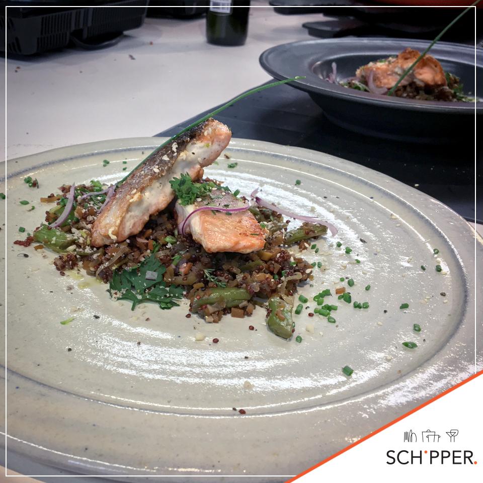 Receita Schipper – Salmão em cama de quinoa vermelha